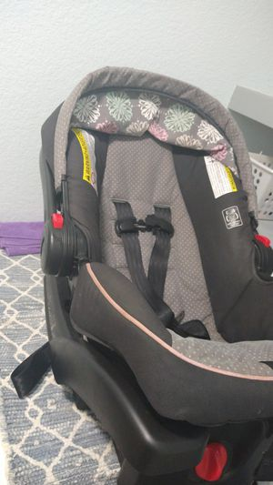 Baby car seat with base,+stroller for Sale in Arlington, TX