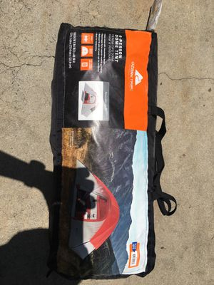 4 person camp tent for Sale in Lakewood, CA
