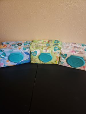 Pamper wipes for Sale in McKinney, TX