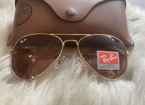Brand New Authentic RayBan Aviator Sunglasses for Sale in Hermosa Beach, CA