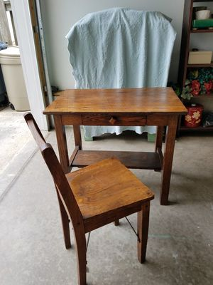 Antique Desk With Chair for Sale in Columbus, OH