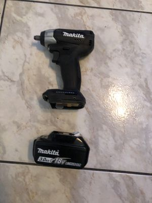 New brushless 18 V Makita 3/8 wrench with 3.0 battery no bag no charger $240 check out my other listings low bawlers will be ignored Willing to trade for Sale in Lauderhill, FL