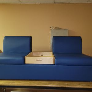 New Lakeshore Comfy Couch Listening Center for Sale in Portsmouth, VA