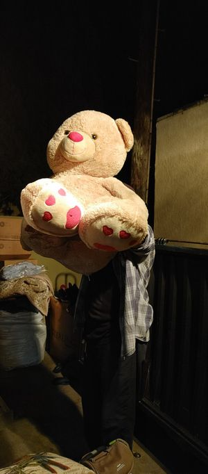 Huge teddy bear for Sale in Alhambra, CA