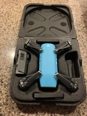 Like new DJI SPARK light blue for Sale in Rosemead, CA