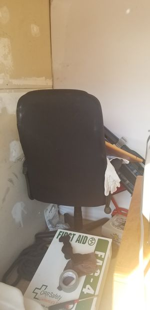 office furniture for Sale in Raleigh, NC