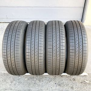 195/65/15 Goodyear advance matching set with 80% for Sale in Lynwood, CA
