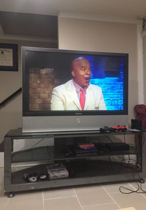 60 inch Samsung TV and 3 tier glass stand for Sale in Arlington, VA