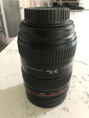 Canon 24-70mm lense for Sale in Puyallup, WA
