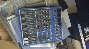 Samson MDR6 Sound mixer w/mics for Sale in Las Vegas, NV