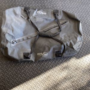 Sealine Zip Duffle Bag 75L for Sale in Murrieta, CA