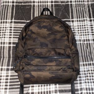 Camo Backpack for Sale in Bronxville, NY