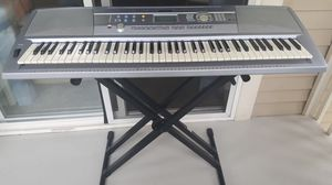 Yamaha DGX 202 for Sale in Everett, WA