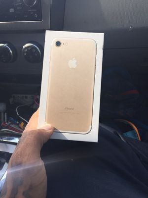 iPhone 7 New for Sale in Chicago, IL