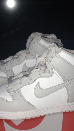 "Nike Dunk High Retro ""White Vast Grey"" Size 3 (PS) for Sale in Orlando,  FL"