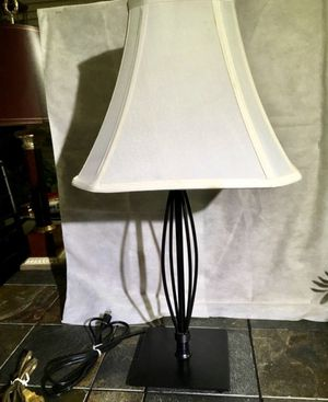 "Nice Solid Black Metal 25"" Lamp and Linen Shade Excellent Pre Owned Condition for Sale in Flower Mound, TX"