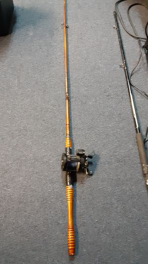 Antique Bamboo fishing rod / Cabelas Reel for Sale in Broomfield, CO