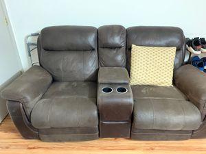 Love seat for Sale in Alexandria, VA