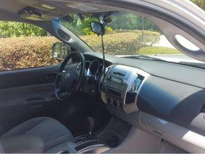 >>2006 Toyota Tacoma<< PreRunner V6 for Sale in Dallas, TX