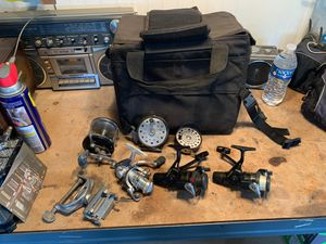 Fishing reels and bag for Sale in Bloomington, CA