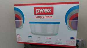 Pyrex 12 piece Glass container with lids for Sale in Tampa, FL