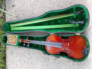 STUDENT VIOLIN / BOW / NMS CO. METAL STRING INCLUDED for Sale in Chicago, IL