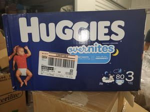 Huggies overnight size 3 for Sale in Las Vegas, NV