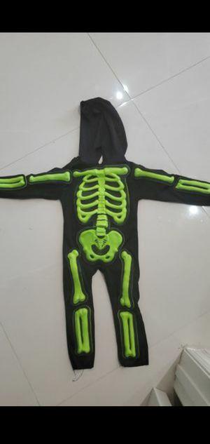 2T Halloween skeleton costume kids for Sale in Fort Lauderdale, FL