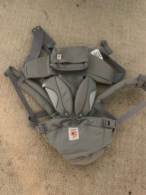 Baby carrier ergo baby for Sale in Ballwin, MO