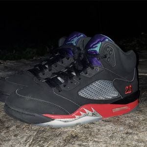 """Top 3"" Jordan 5 Sz 9 for Sale in San Antonio, TX"