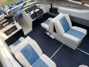 16.5' foot Pleasure Ski Family Boat & Trailer, with FREE Evinrude 115hp for Sale in Magnolia, TX