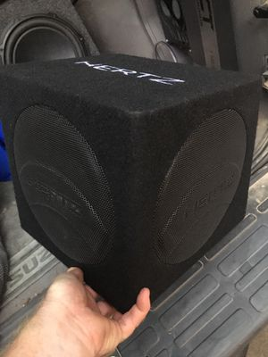 "Hertz Dieci DBA 200.3 8"" powered sub box for Sale in Jonesboro, AR"