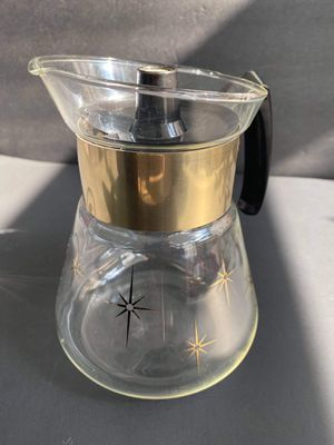 Pyrex Corning Coffee/Tea Pot for Sale in Midland, MI