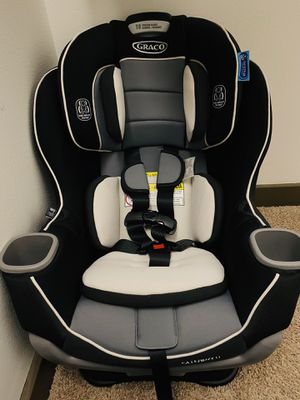 Graco Extend2Fit Convertible Car Seat for Sale in Hillsboro, OR