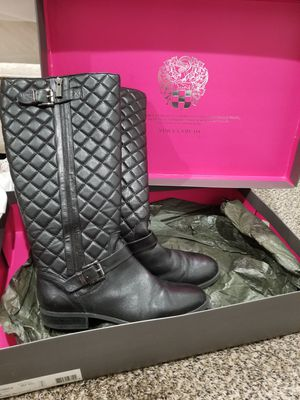 Black boots Vince camuto for Sale in Snohomish, WA