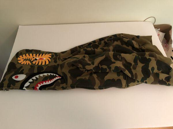 Authentic BAPE hoodie size L