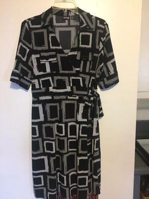 Black & Gray Dress by Apt 9 - Size Petite Medium for Sale in Washington, IL