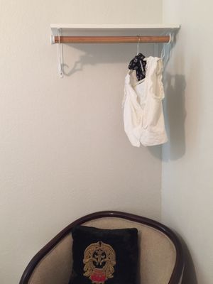white shelf clothing rack nice for small spaces for Sale in Miami, FL