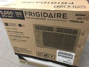 Frigidaire room air conditioner 5000 btu - NEW NEVER USED! for Sale in Portland, OR