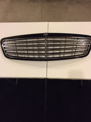 Mercedes front grill for Sale in Everett, WA