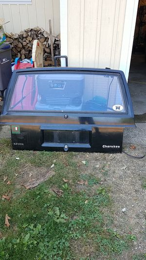 Cherokee hatch for Sale in Arlington, WA
