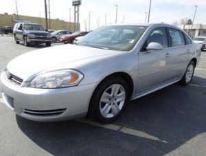 2011 Chevy Impala - 122k miles O.B.O. for Sale in Columbus, OH