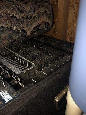 Dj equipment for Sale in Plainfield, IL