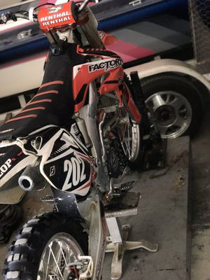 2006 crf250r for Sale in Riverside, CA
