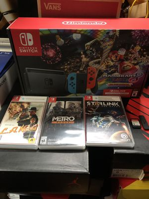Nintendo Switch v2 Bundle With Mario Kart and Others for Sale in Houston, TX