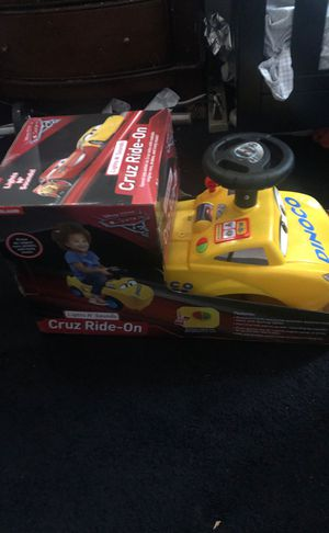 Disney's CARS™️ Cruz Ride-on for Sale in Lakewood, CA