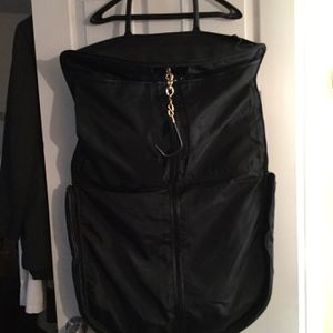 COACH VINTAGE BLACK LEATHER GARMENT TRAVEL BAG 0589 for Sale in Bayport, NY