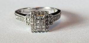 Stunning 10K white gold 1.0CTW diamond ring size 7 for Sale in Lake Stevens, WA