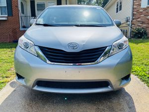 2011 Toyota Sienna LE for Sale in Beltsville, MD
