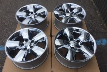 We finance everybody wheels tires used new rims 14 15 16 17 18 19 20 21 22 24 26 28 30 35 40 50 55 45 65 60 70 75 80 85 155 165 175 185 195 205 215 2 for Sale in Warren,  MI
